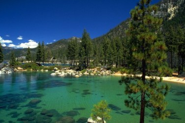 lake-tahoe-group-trip-weekend-bus-e1410203779362