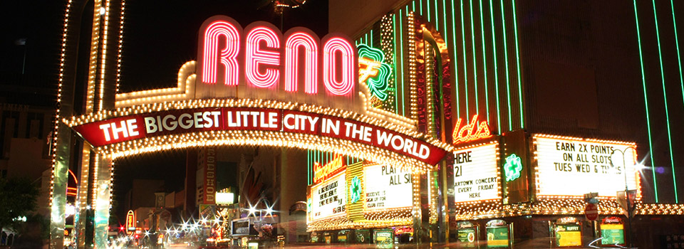 reno-arch-sign-night-slider