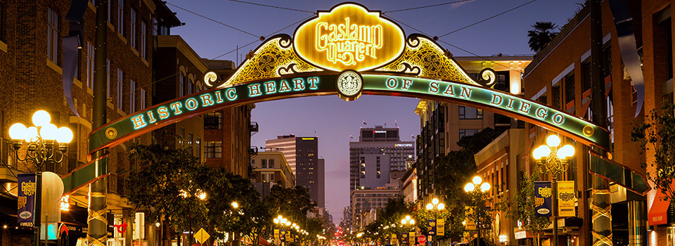 sd-gaslamp-quarter-night-slider