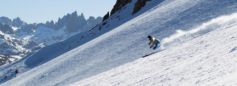 mammoth-powder-skiing-slider