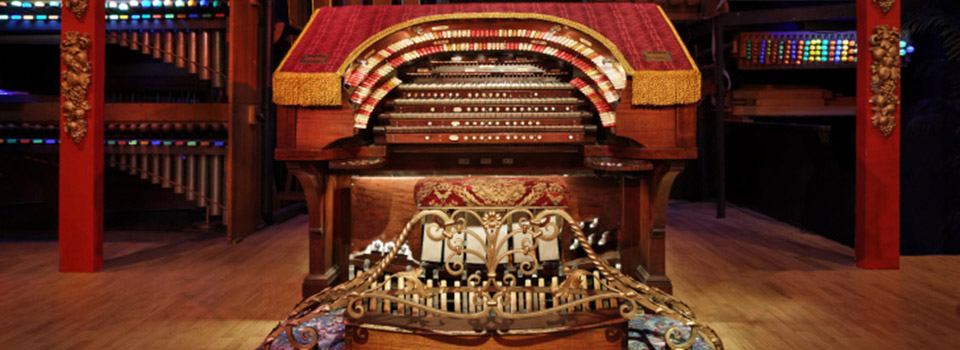old-town-music-hall-organ-slider